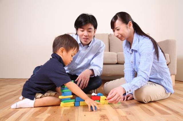 里親になるには、養育に関する一定の条件と深い愛情が必要です。